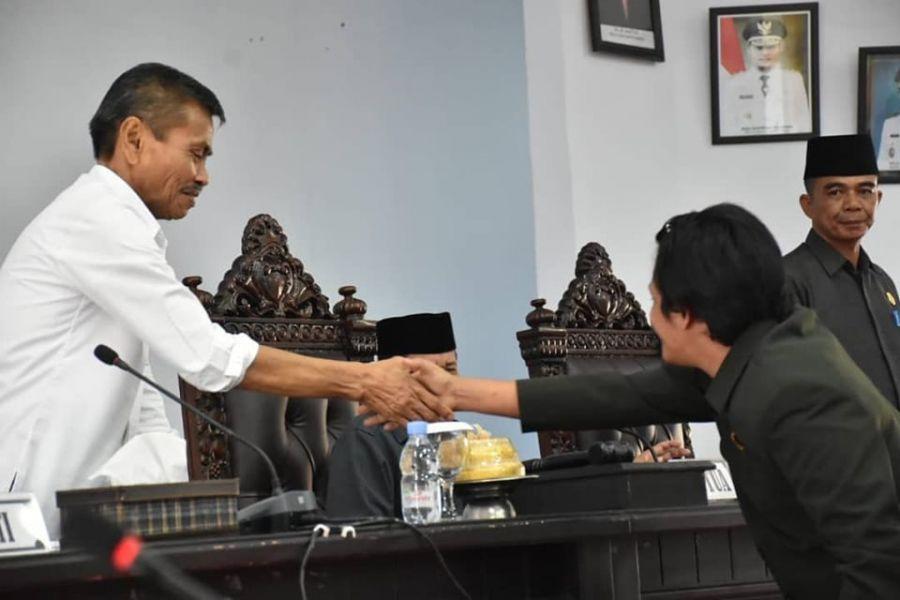 Wabup Thahar Hadiri Pandangan Akhir Fraksi DPRD Terhadap R-APBD Perubahan